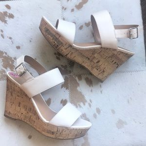NEW❗️🔥 Light Cream Cork Wedge sandal